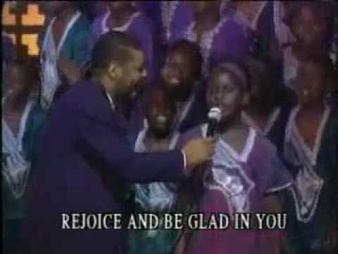 Ron Kenoly & African Children´s Choirs - The Lord Be Magnified #christianmusic